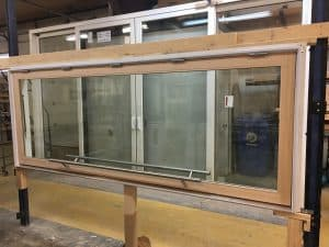 Custom Server Awning Window With Hydraulics Demonstration